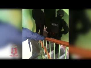 Сотрудники полиции и Росгвардии одновременно провели 17 обысков у участников массовой драки в Норильске