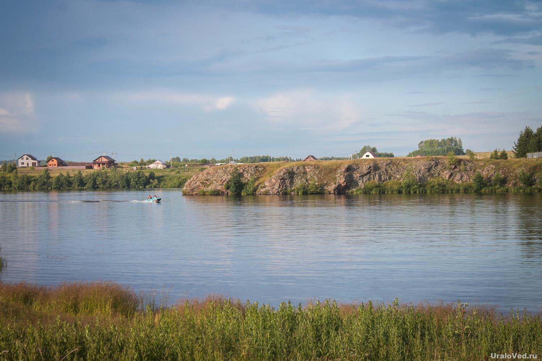 Верхний пруд в селе Лая