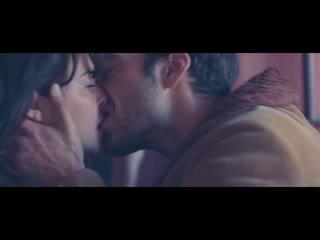 Любовь на троих - Русский трейлер - Фильм 2020 (Джейми Дорнан)