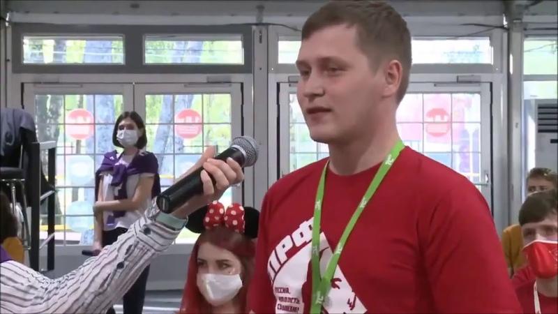 Молодой коммунист против Эллы Памфиловой