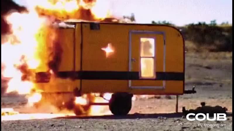 Rocket Propelled Grenade vs Wooden Caravan Rock El Casbah