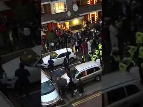 Police on the run again after crowds retaliate