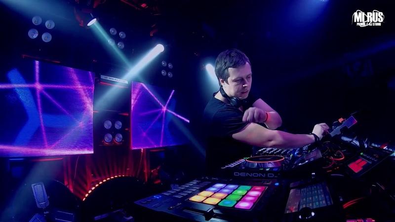 DJ TAGA live on Denon Sc5000 Rane mp2015 from MI RUS studio Pro stereo DJ school event