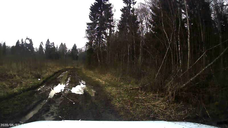 В соседнюю деревню через лес Нагора УАЗик