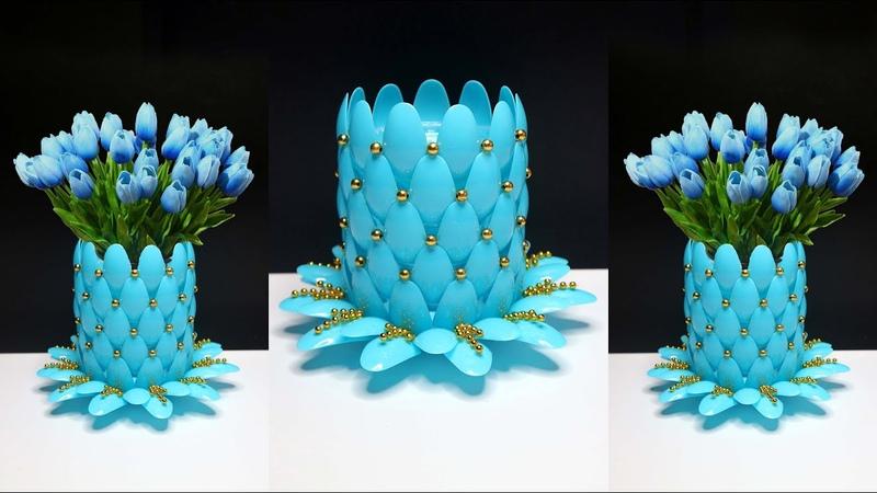 Ide Kreatif Vas Bunga dari Sendok Plastik