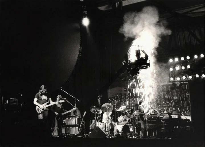 1977 год тур Animals