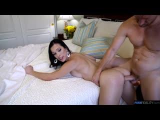 DIANA GRACE SEXY MILF, BIG ASS, BIG TITS