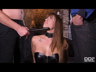 Silvia Dellai – Czech Chick BDSM | SEXWIFE | BLACK LEATHER SKIRT AND CORSET | ANAL PORNO | SUCK | DP | MFM | CUMSHOT