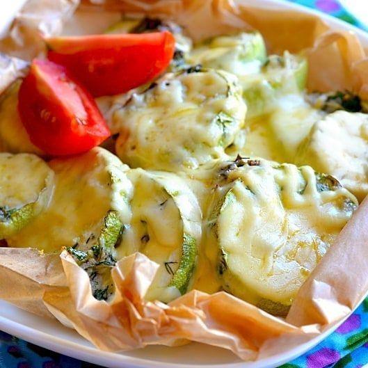 Кабачки, запеченные с чесноком в духовке