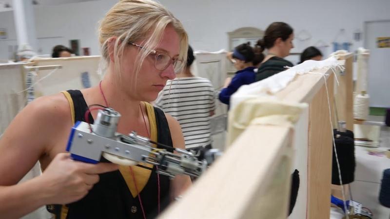 Rug tufting workshop Textile Arts LA Электрические пистолеты для тафтинга
