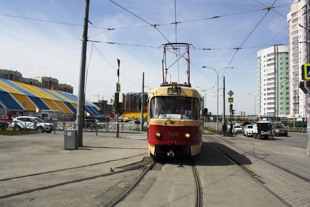 Трамваи и троллейбусы в Екатеринбурге пригрозили о...