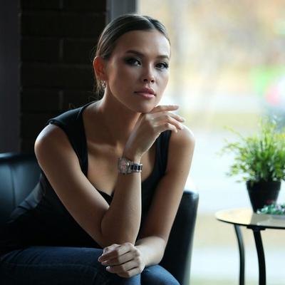 Анжела Тихонова