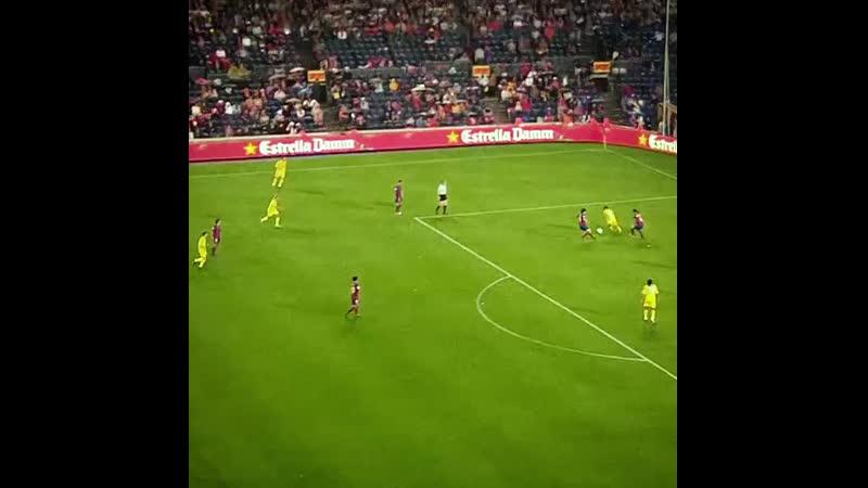 Барселона 3-3 Вильярреал. Форлан зажёг на Камп Ноу.mp4