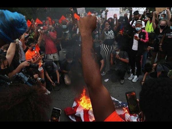 США Водители авто давят и стреляют в протестующих есть убитые в Техасе Волнения и беспорядки