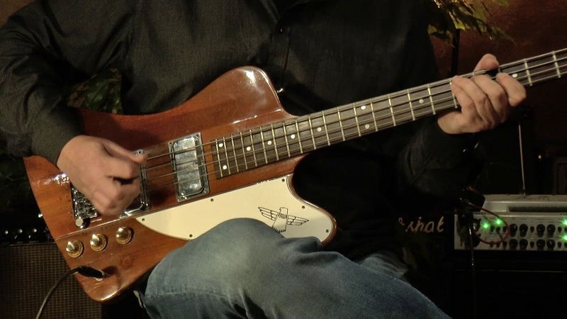 Gibson Thunderbird IV Bass from 1976 presented by Vintage Guitar Oldenburg and Detlef Blanke