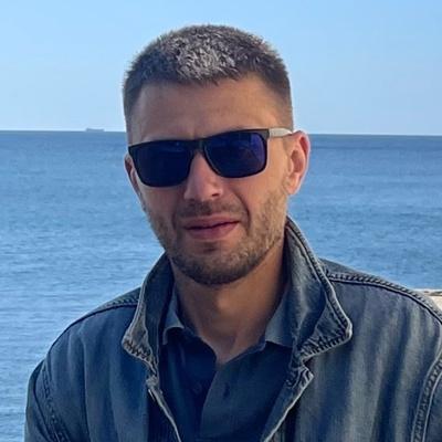 Максим Глазков