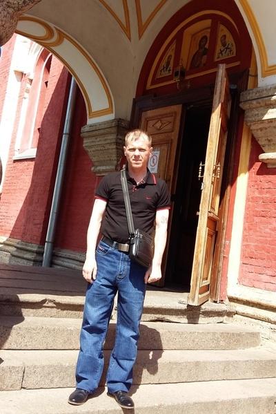 Aleksey, 41, Volkhov