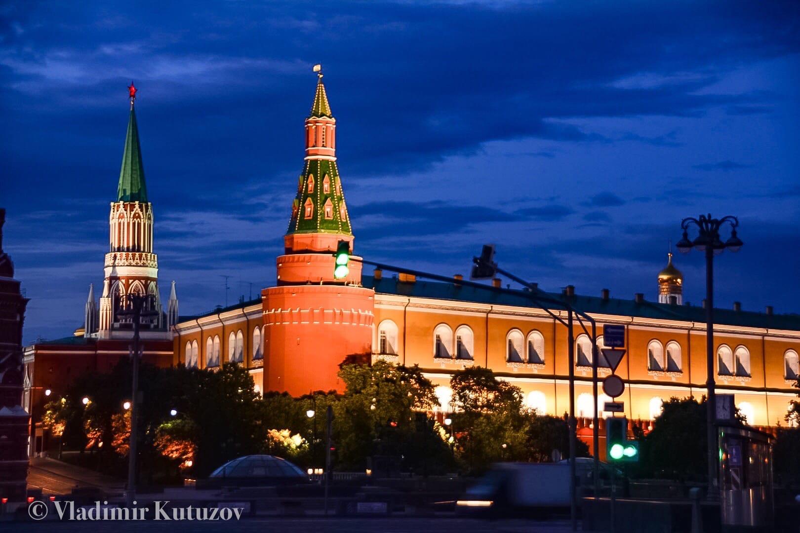 Ночная Москва . Кузнецкий мост.  #фото@mosc1