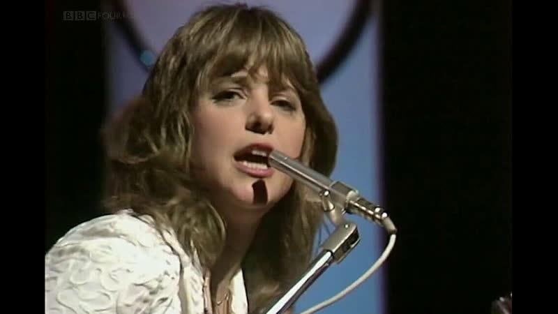 Suzi Quatro Mama's Boy Top Of The Pops 1980